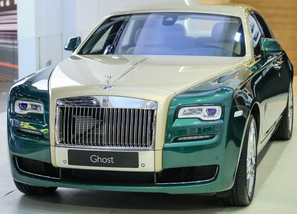 2015 Rolls-Royce Ghost Gold Edition Dubai 2