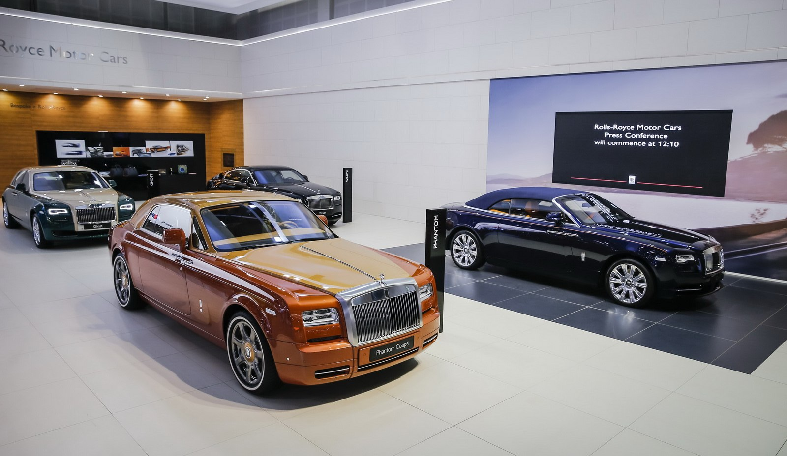 2015 Rolls-Royce Phantom Coupe Tiger Dubai 2