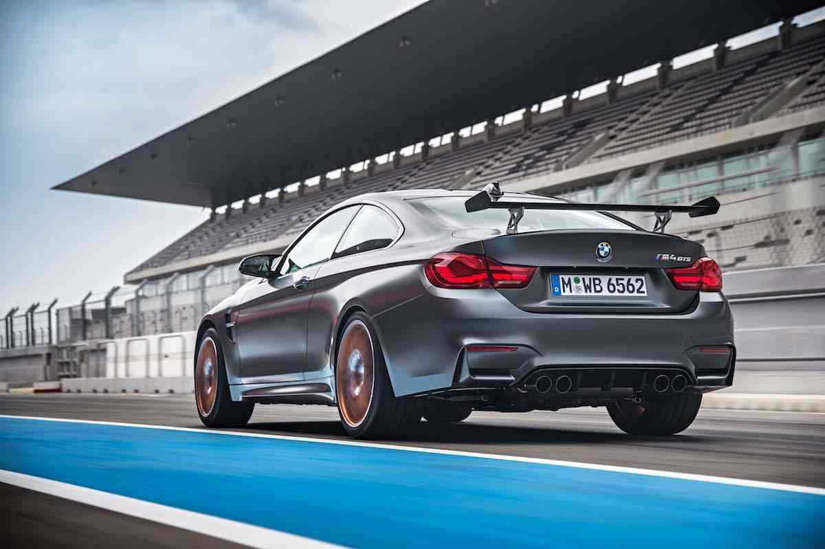 2016-BMW-M4-GTS34