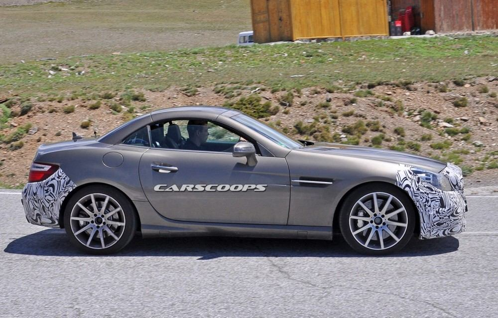 2016-Mercedes-SLC-3