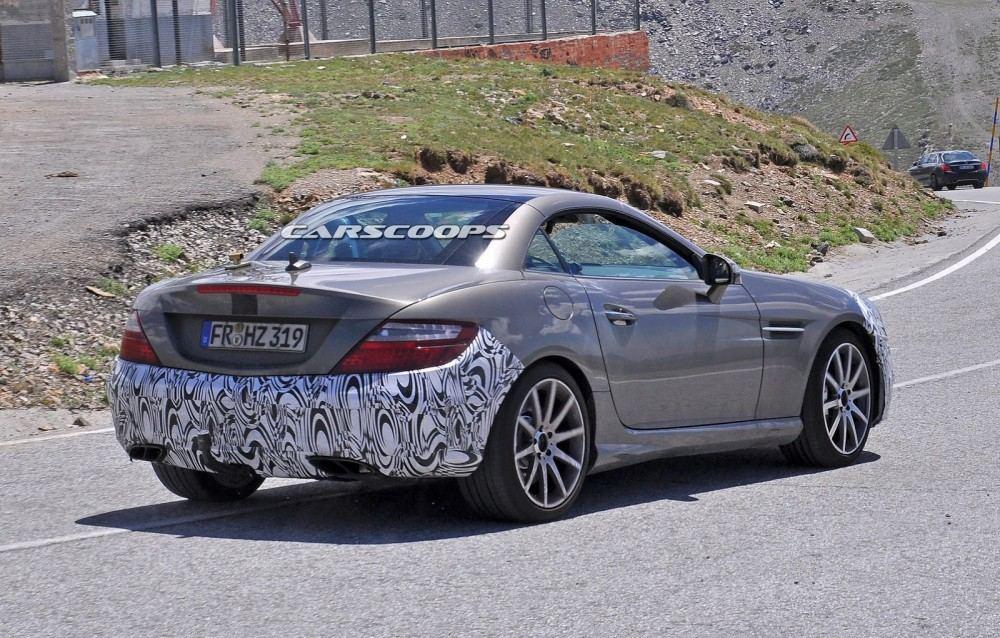 2016-Mercedes-SLC-4
