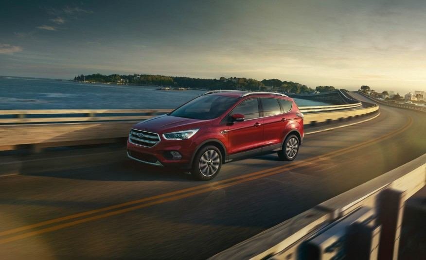 2017-Ford-Escape-Titanium-101-876x535