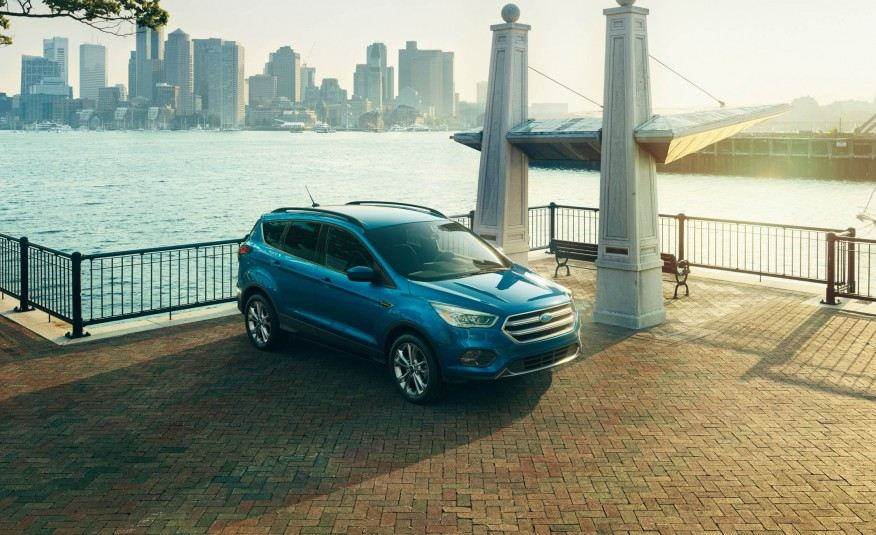 2017-Ford-Escape-Titanium-106-876x535