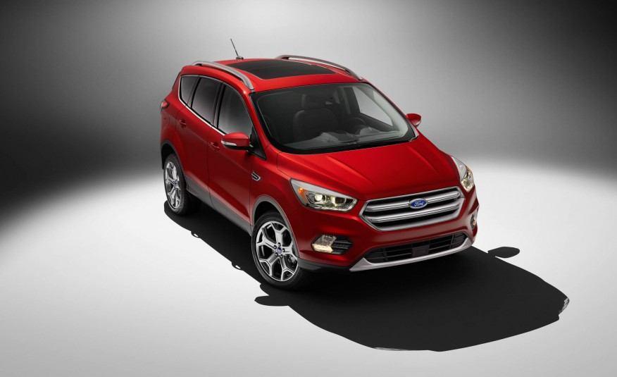 2017-Ford-Escape-Titanium-108-876x535
