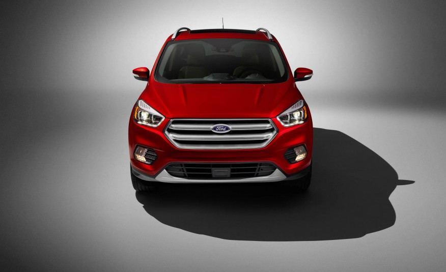 2017-Ford-Escape-Titanium-109-876x535