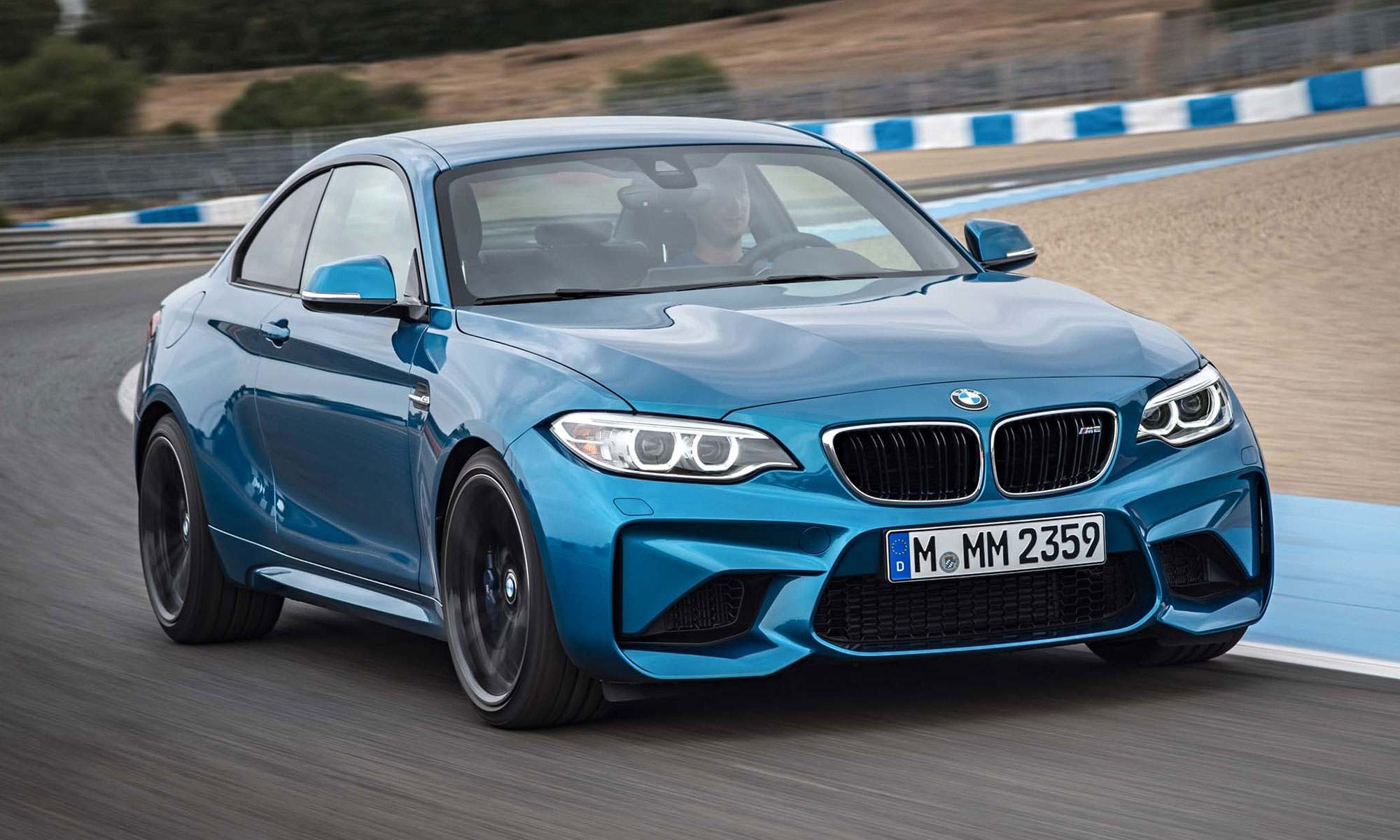 Introducing-The-2016-BMW-M2
