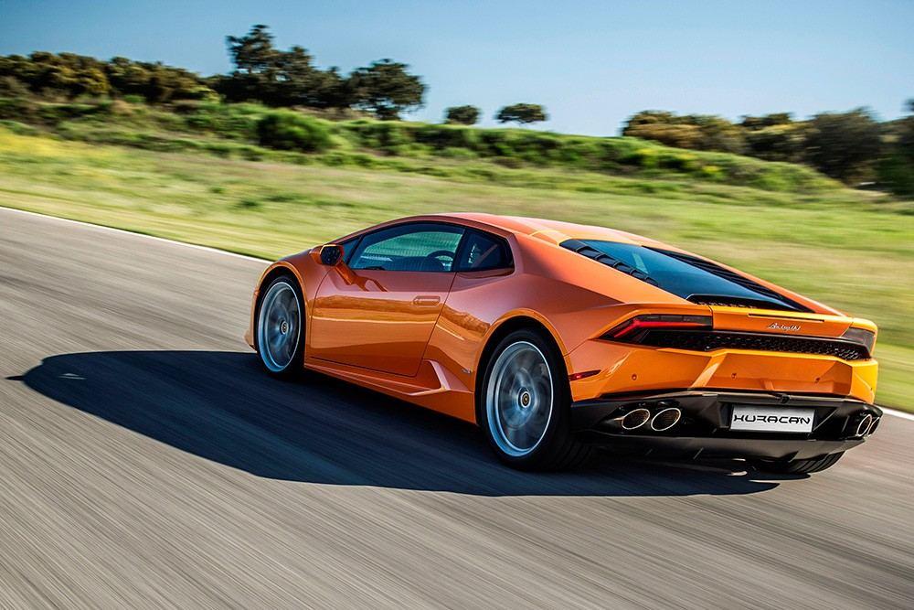 Lamborghini-Huracan-LP-610-4_MY-2016_2