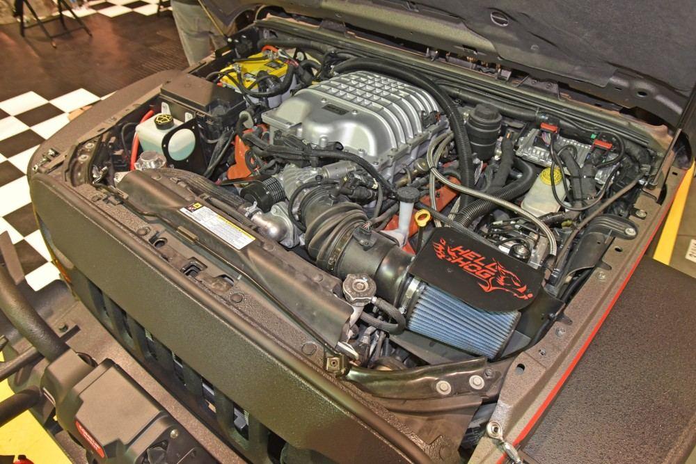 jeep-6x6-hellhog-hellcat-engine 3