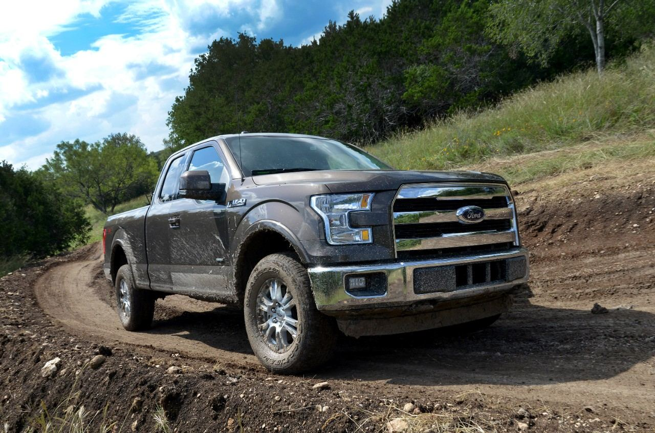 2015-Ford-F150-off-road