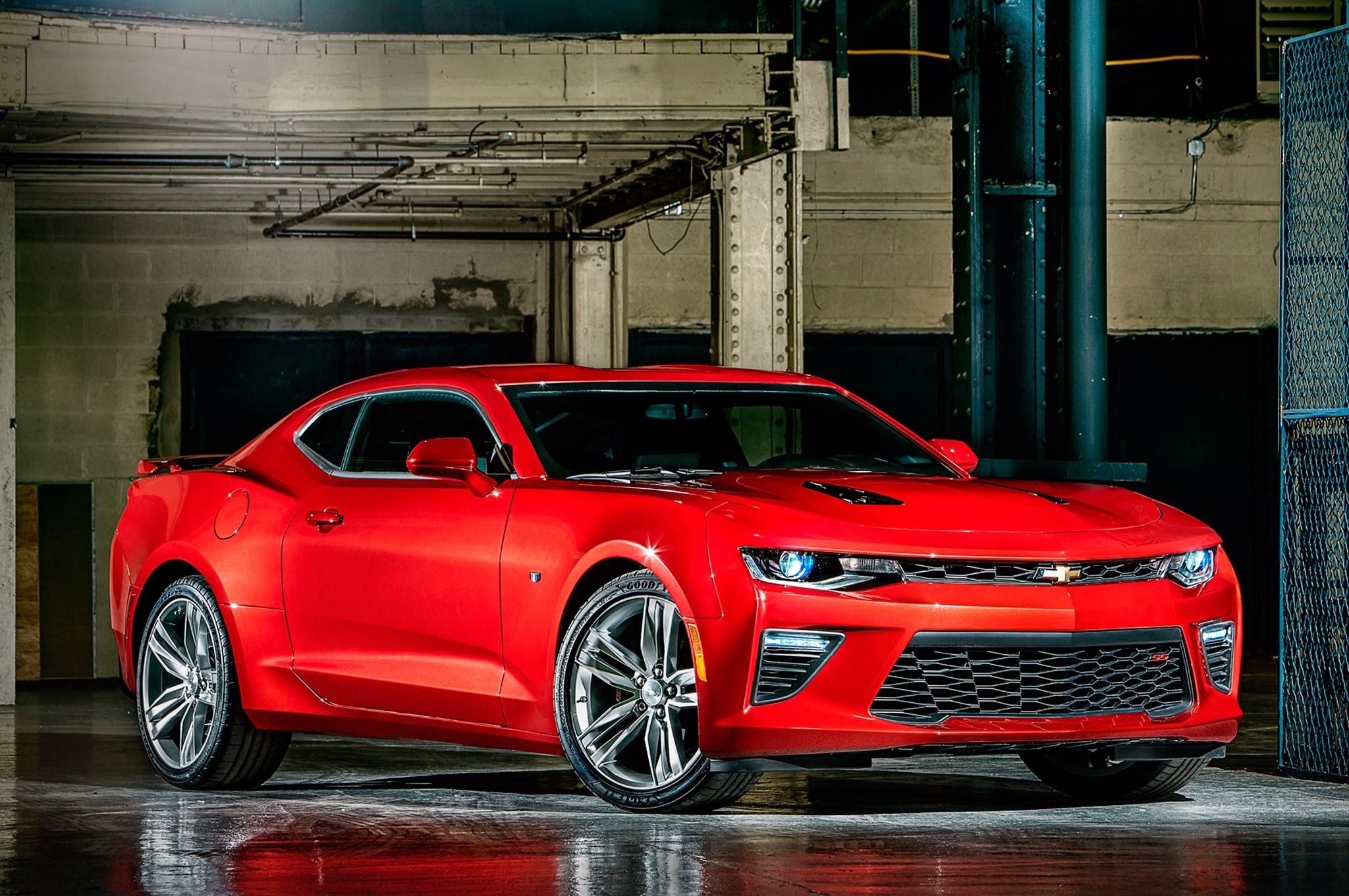 2016-Chevrolet-Camaro-promo