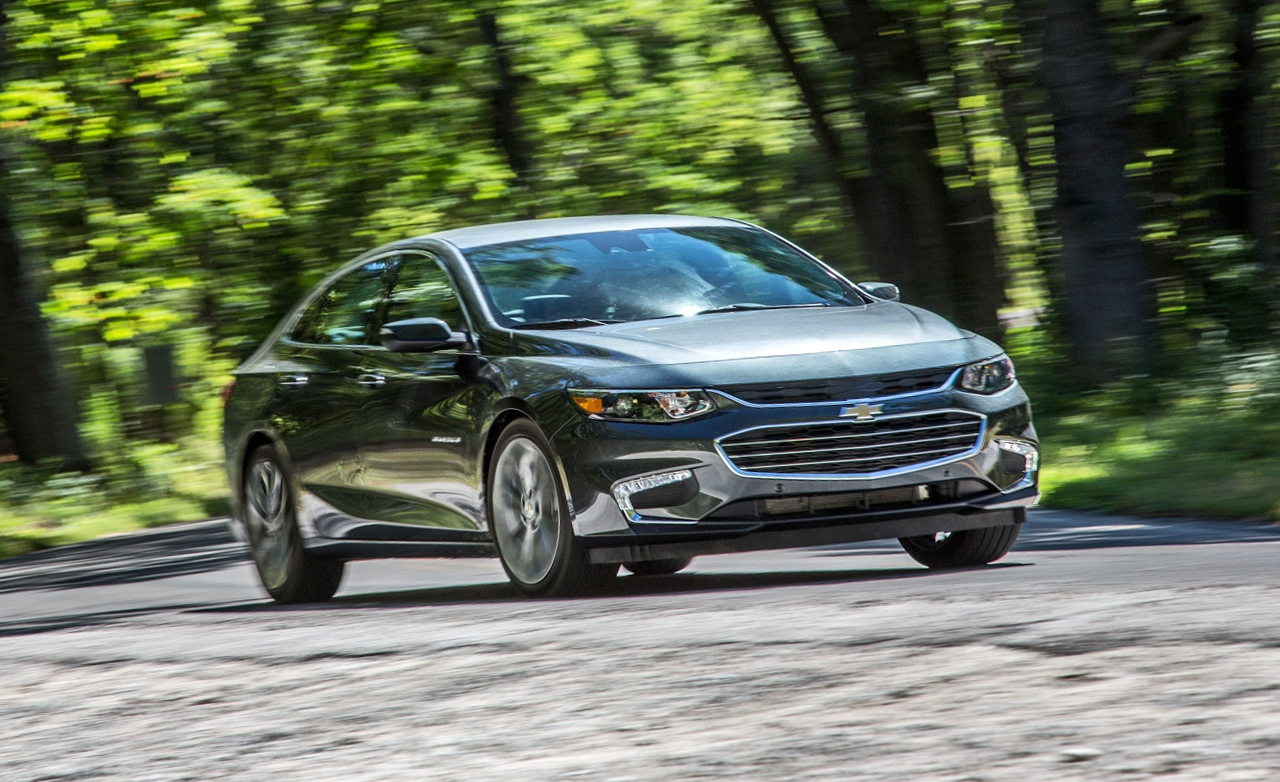 2016-Chevrolet-Malibu-2.0T-placement