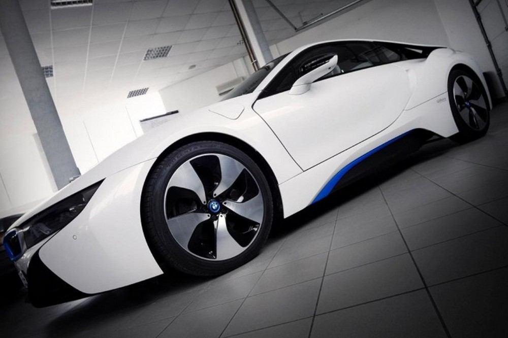 Gabura-Racing-Technologies-BMW-i8-003