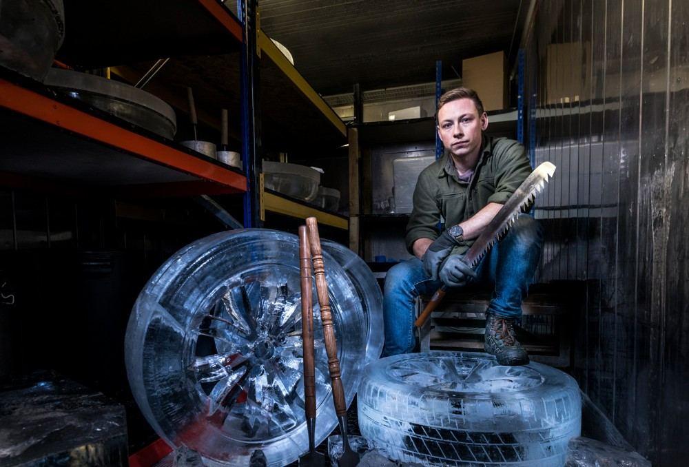 جديد لكزس تنتج nx بعجلات مصنوعة من الثلج lexus-nx-ice-wheels-