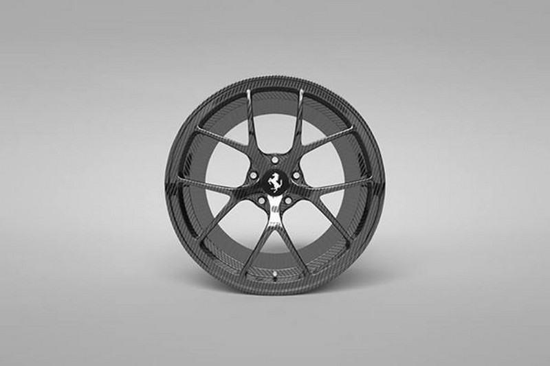 vitesse-audessus-louboutin-limited-edition-bare-carbon-fiber-package-for-ferrari-f12tdf