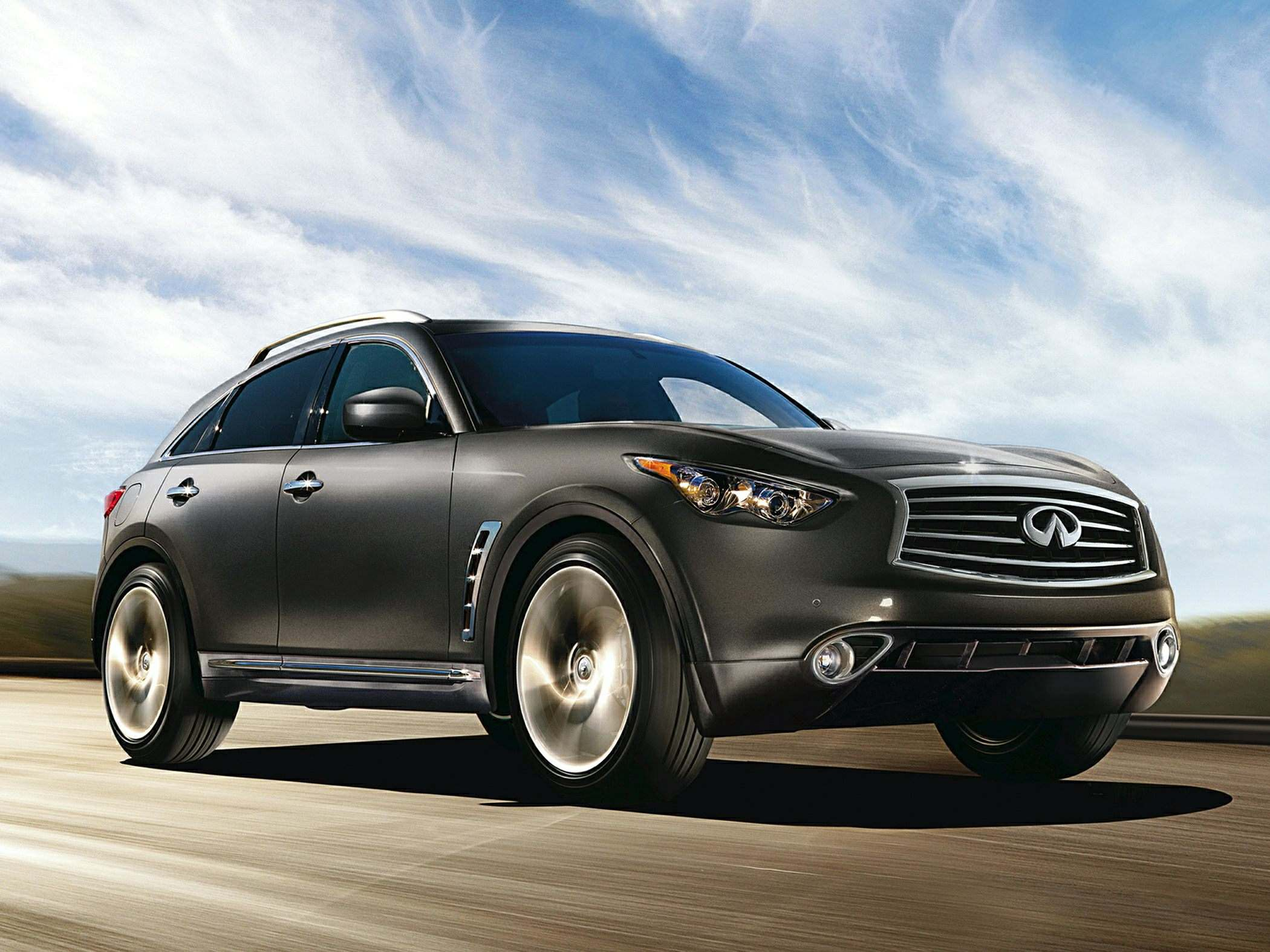 2014-Infiniti-QX70-SUV-Base-4dr-4x2-Photo-2