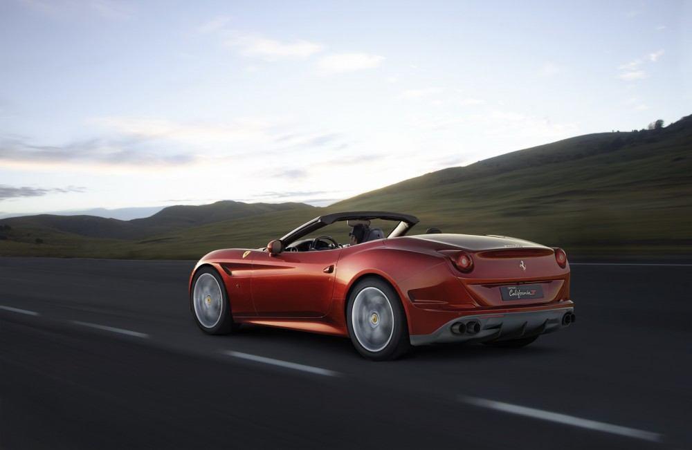 2016-FerrariCaliforniaT-HS-02