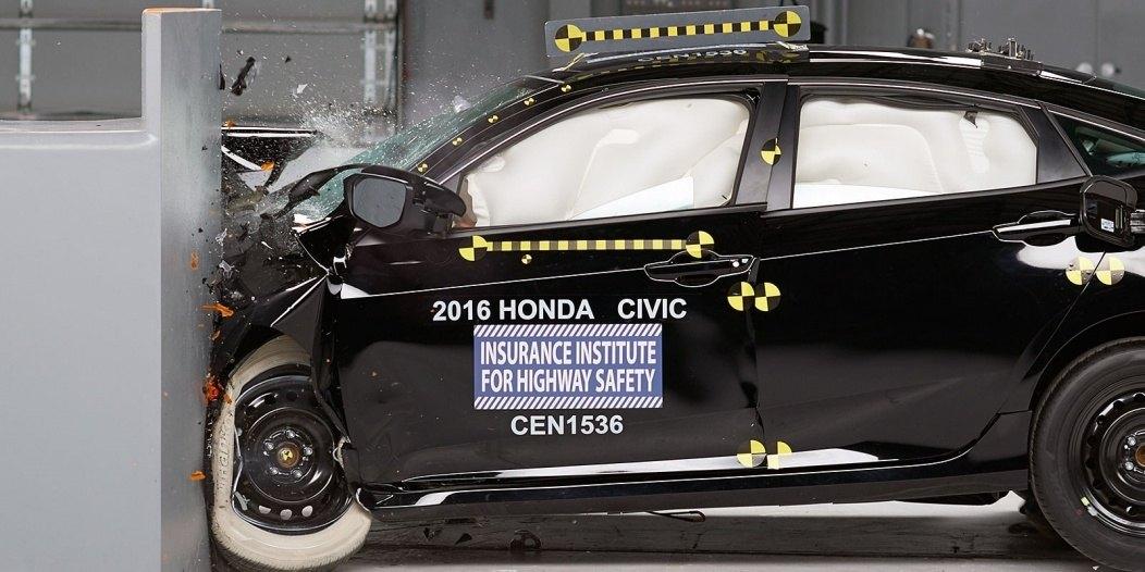 Honda-Civic-IIHS-1