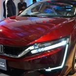 Honda-Clarity-Hydrogen-Fuel-Cell-Car-7-1020x610