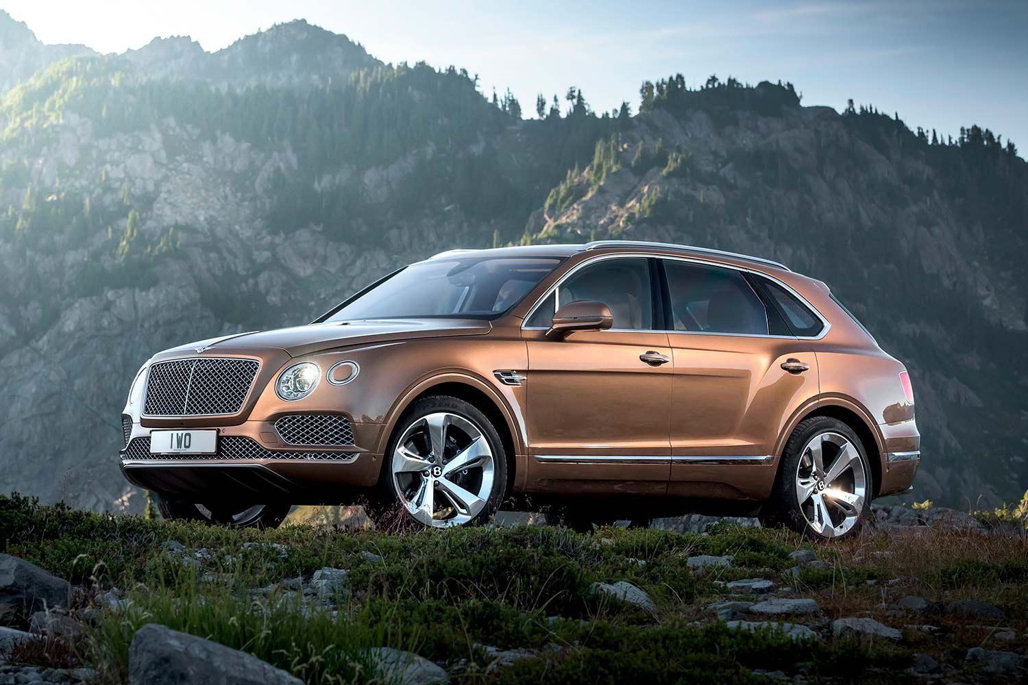 bentley-bentayga-front-three-quarter-static-2-1500x1000