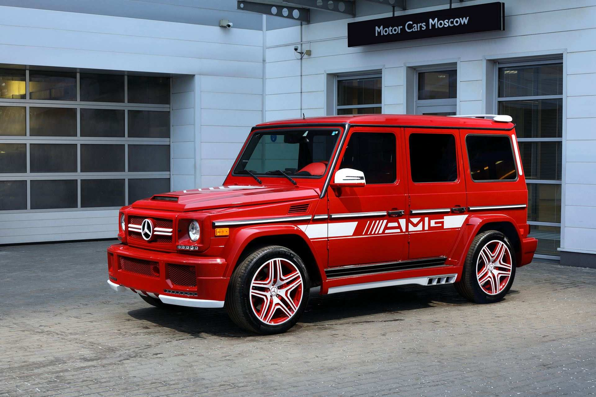 g63-amg-with-hamann-body-kit-and-topcar-interior-is-a-red-russian-rooster_8
