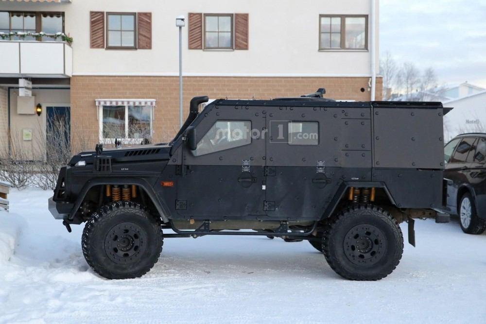mercedes-g-class-armoured-13
