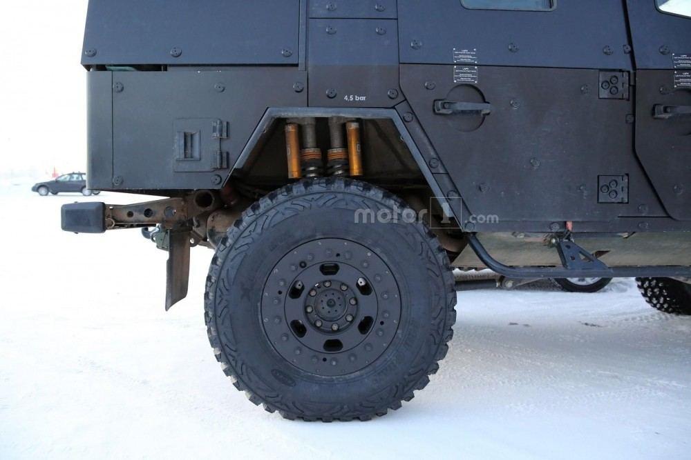 mercedes-g-class-armoured-5