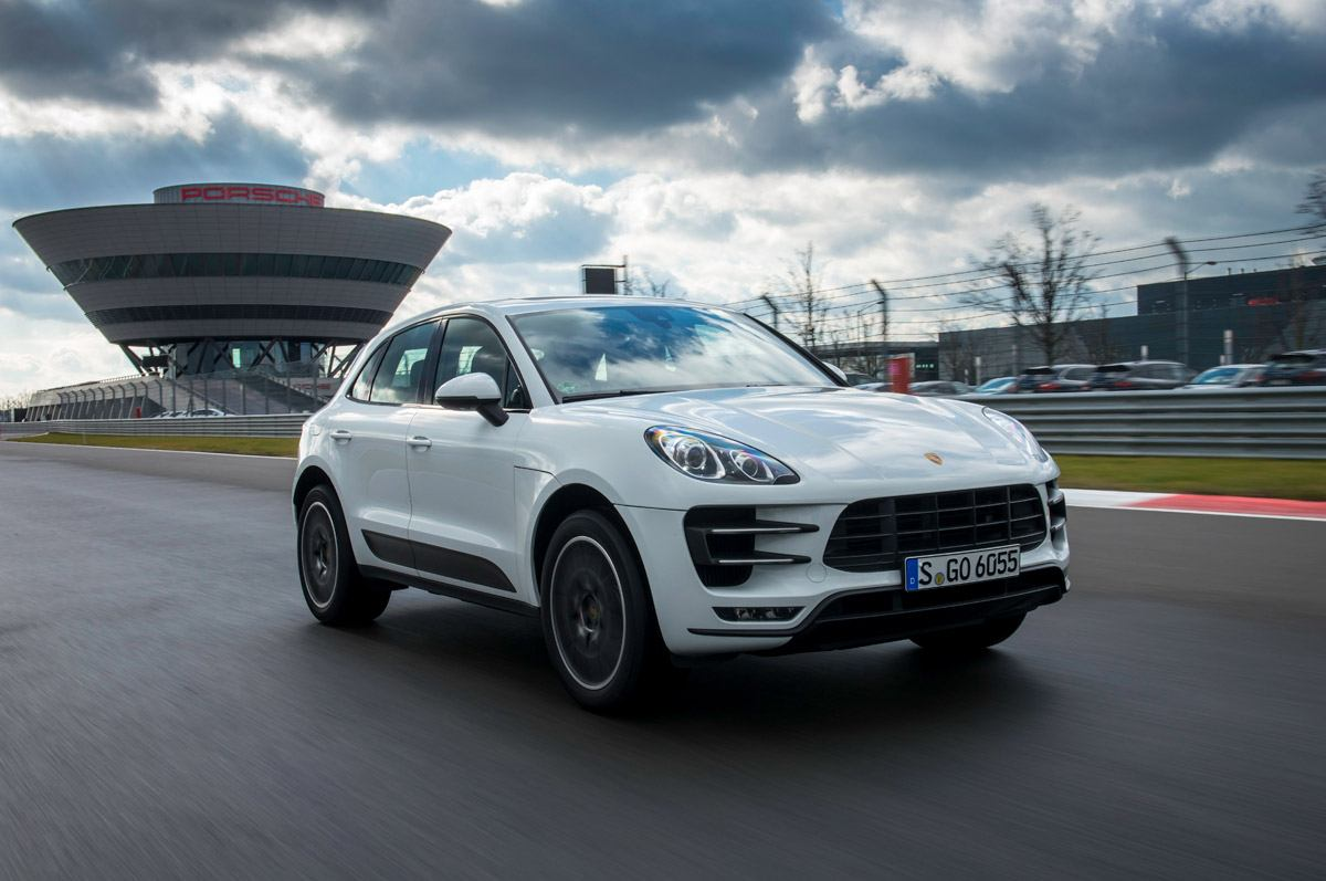 porsche-macan-turbo-2
