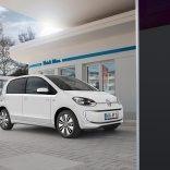 2014-Volkswagen-e-Up-charging-station