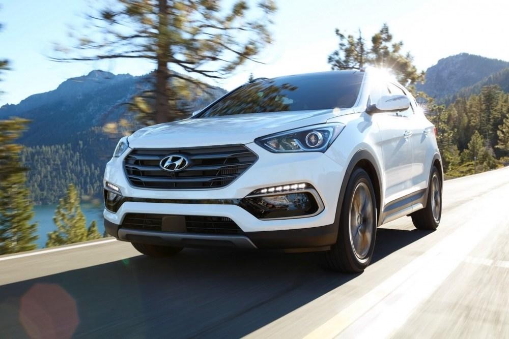 2017-Hyundai-Santa-Fe-Sport-10