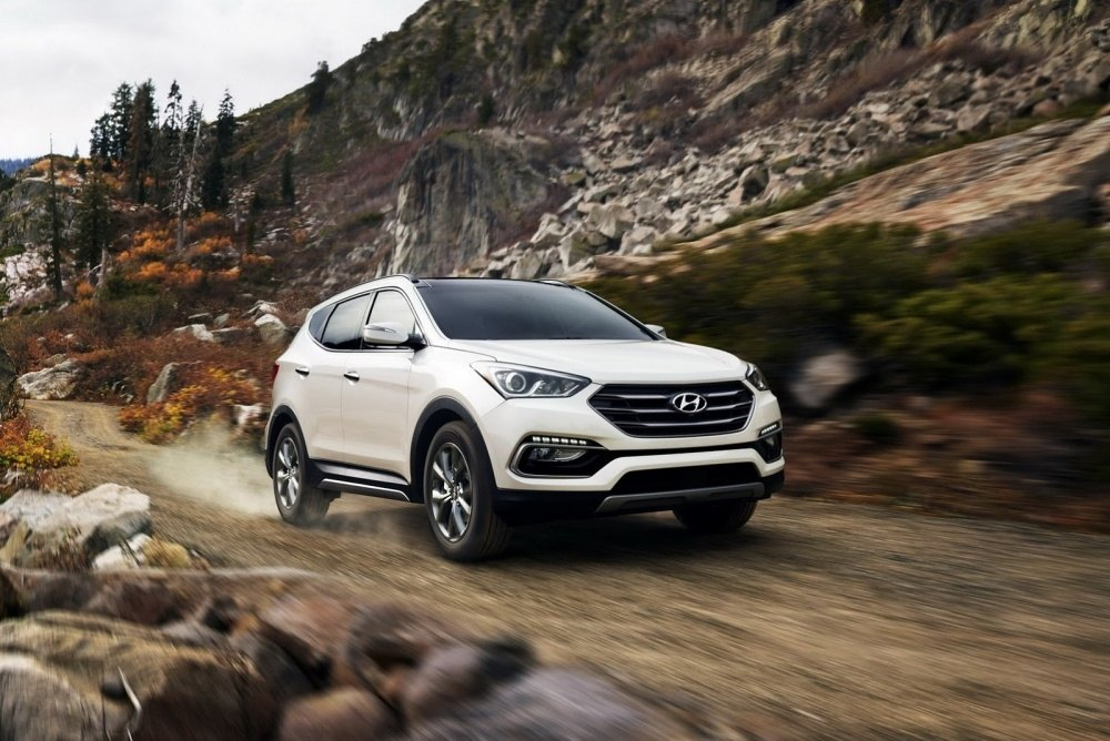 2017-Hyundai-Santa-Fe-Sport-14
