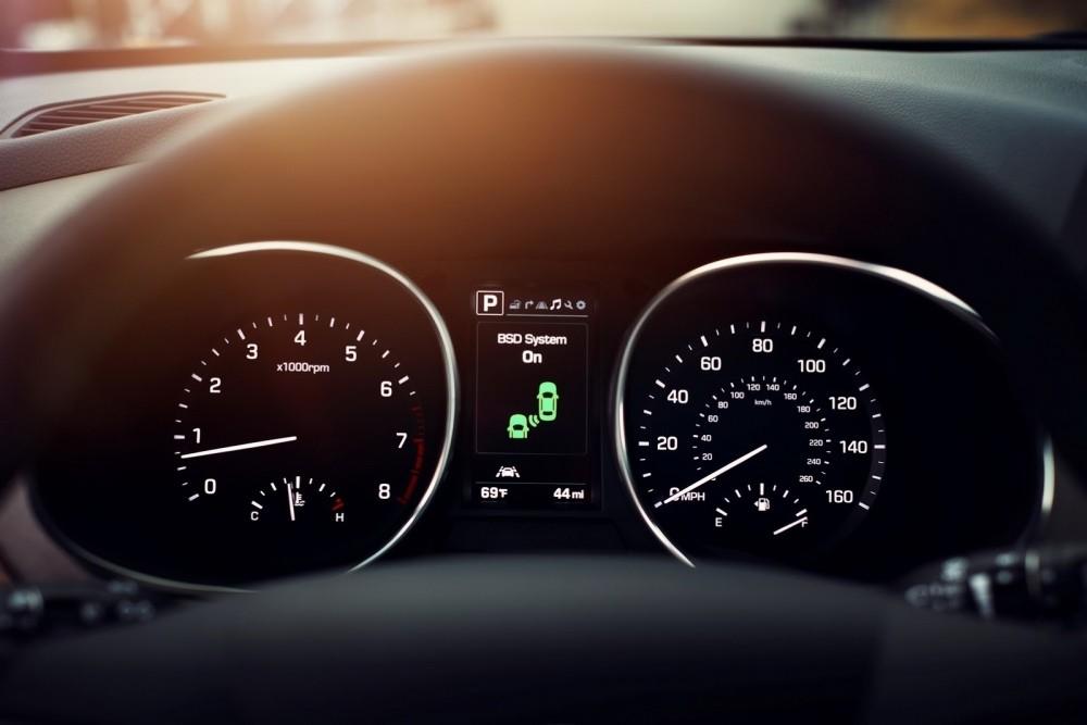 2017-Hyundai-Santa-Fe-Sport-4