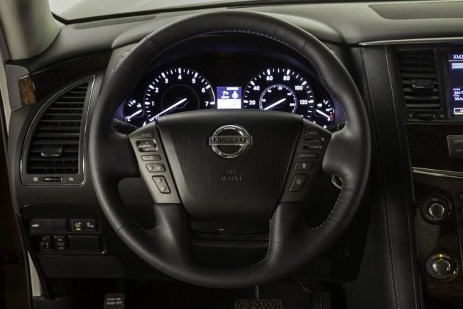 2017-Nissan-Armada-30