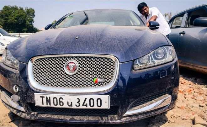مزاد السيارات الفاخرة المهجورة في الهند، الأقل سعراً في العالم