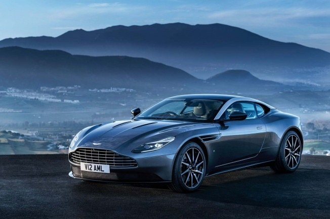 Aston-Martin-DB11_CS1