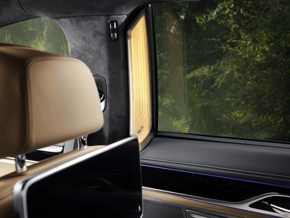 BMW-Alpina-B7-33-1000x751
