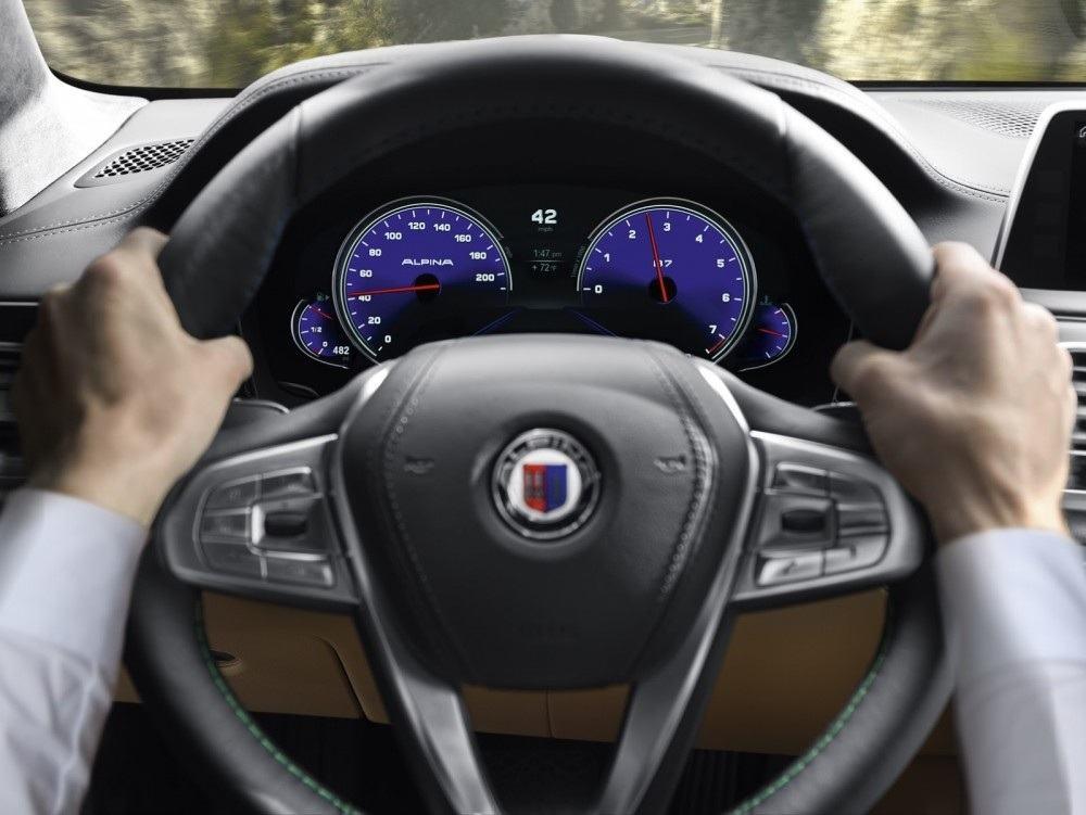BMW-Alpina-B7-37-1000x751