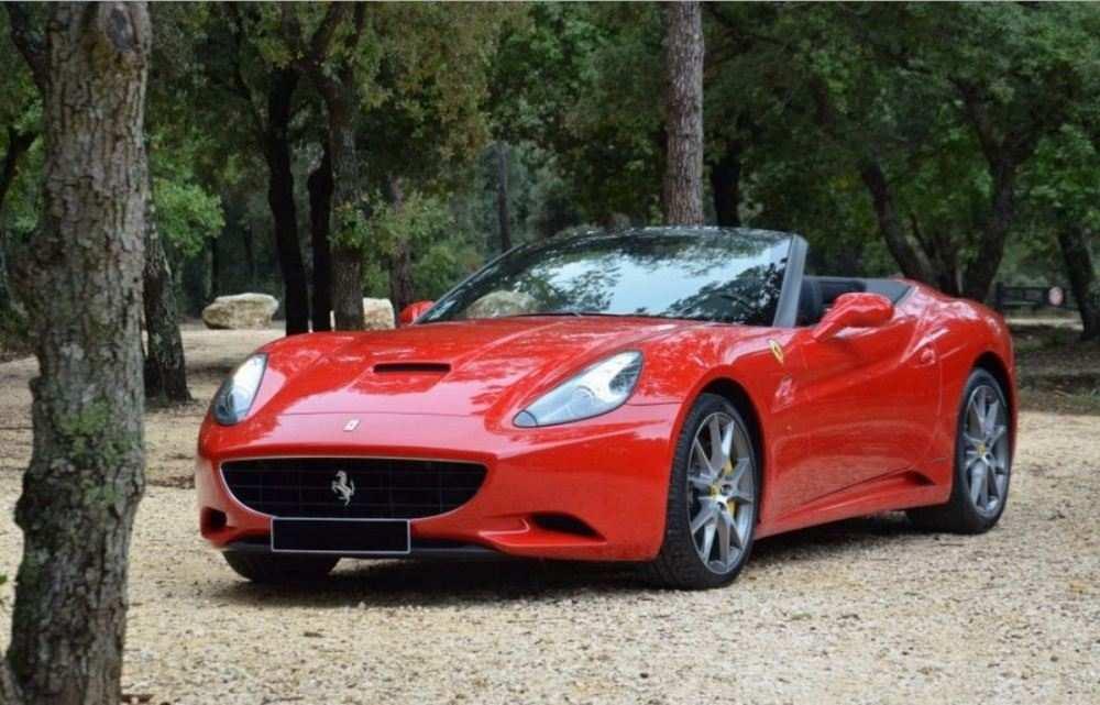 Ferrari-California-Manual-01