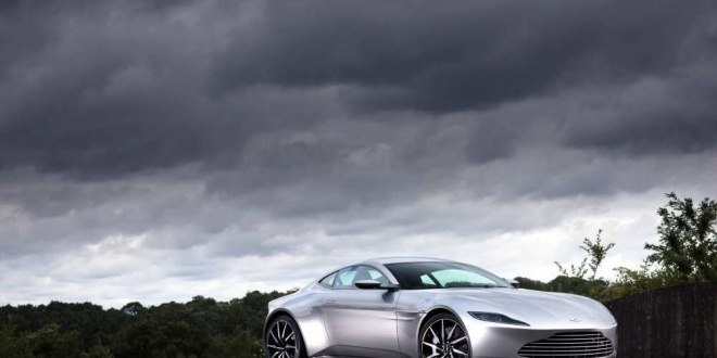 james-bond-bids-farewell-to-the-aston-martin-db10-sold-at-auction-for-35m_4