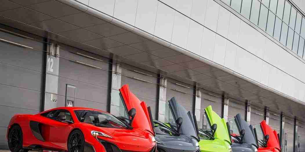 2016-Mclaren-675LT-front-three-quarters-lineup
