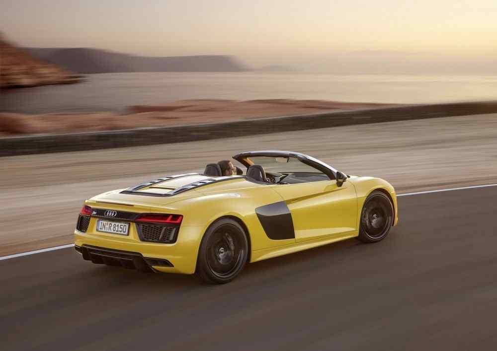 2017-Audi-R8-Spyder-5