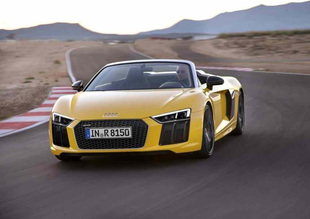 2017-Audi-R8-Spyder-9