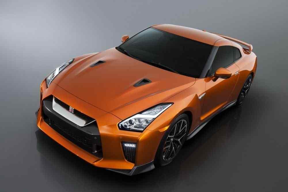 2017-Nissan-GT-R-FL-34