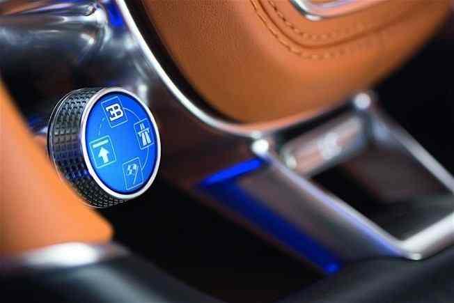 2017-bugatti-chiron-lets-its-quad-turbocharged-w16-loose_20