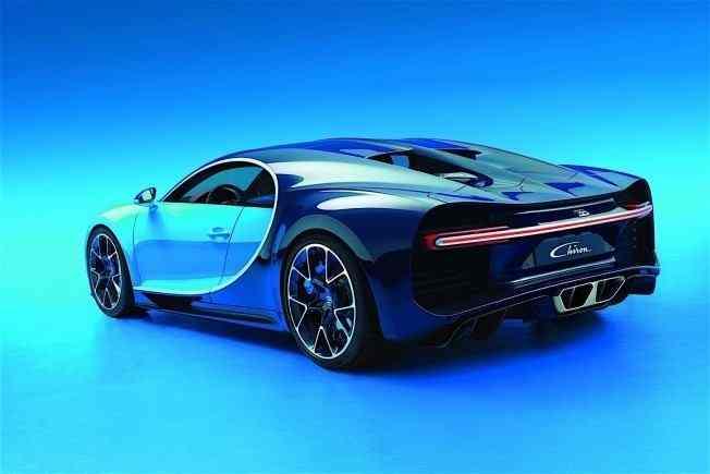 2017-bugatti-chiron-lets-its-quad-turbocharged-w16-loose_3