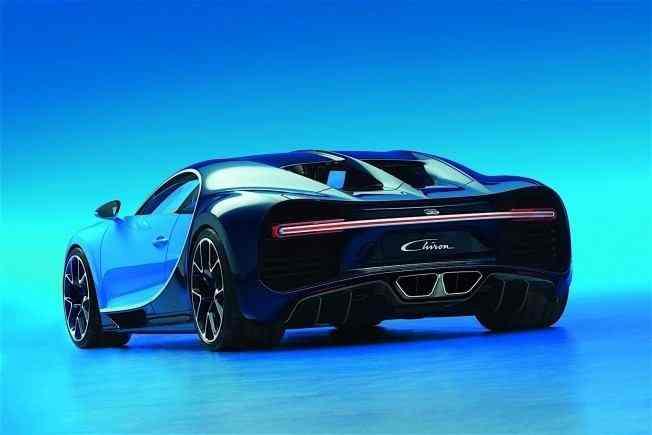 2017-bugatti-chiron-lets-its-quad-turbocharged-w16-loose_4