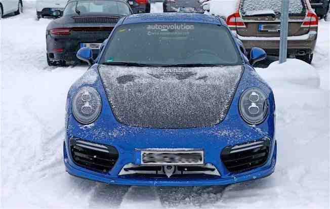2017-porsche-911-gt2-spied-in-winter-testing-with-no-camo_5