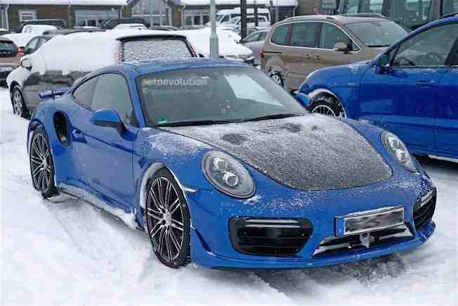 2017-porsche-911-gt2-spied-in-winter-testing-with-no-camo_7