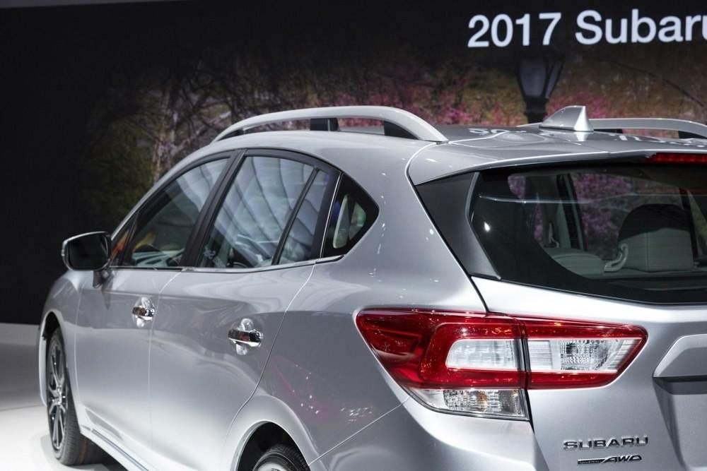 Subaru-hatch-10
