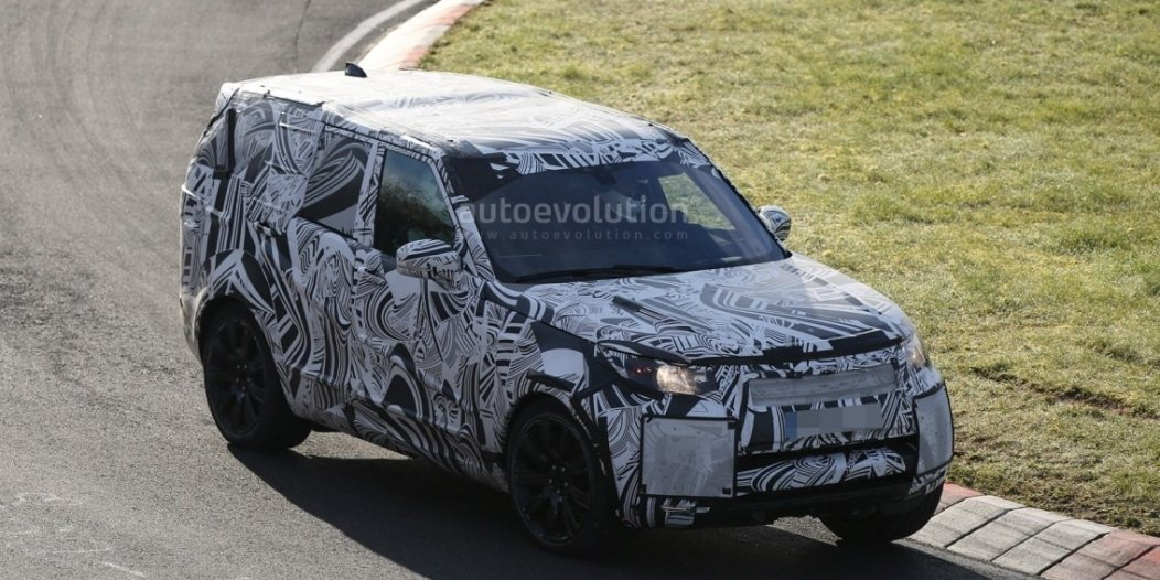 2017-land-rover-discovery-testing-at-the-nurburgring_2