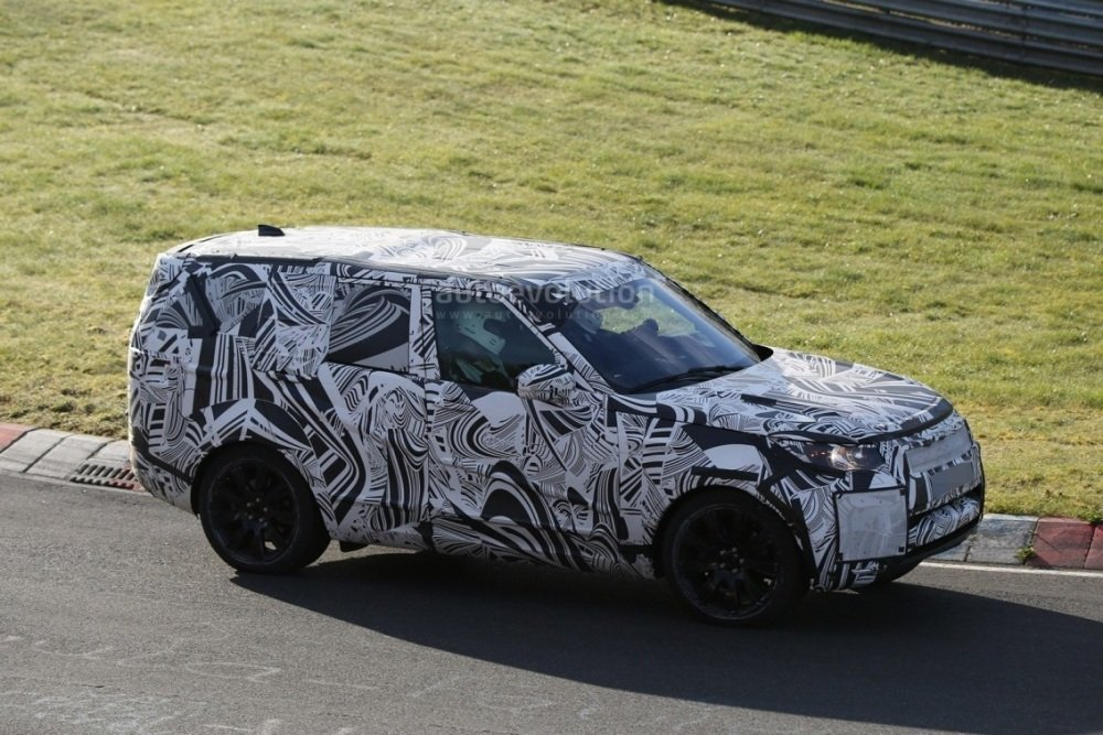 2017-land-rover-discovery-testing-at-the-nurburgring_3